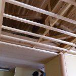 ラワン合板を天井に